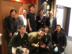 ジャイアント白田オーナーと記念写真。青年部でも大きい加藤担当理事が小さく見えます(笑)