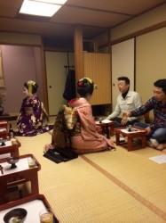 祇園にて伝統文化を学んできました。